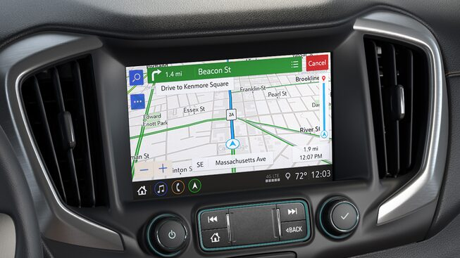 GMC Terrain Denali navigation with real-time traffic alerts.