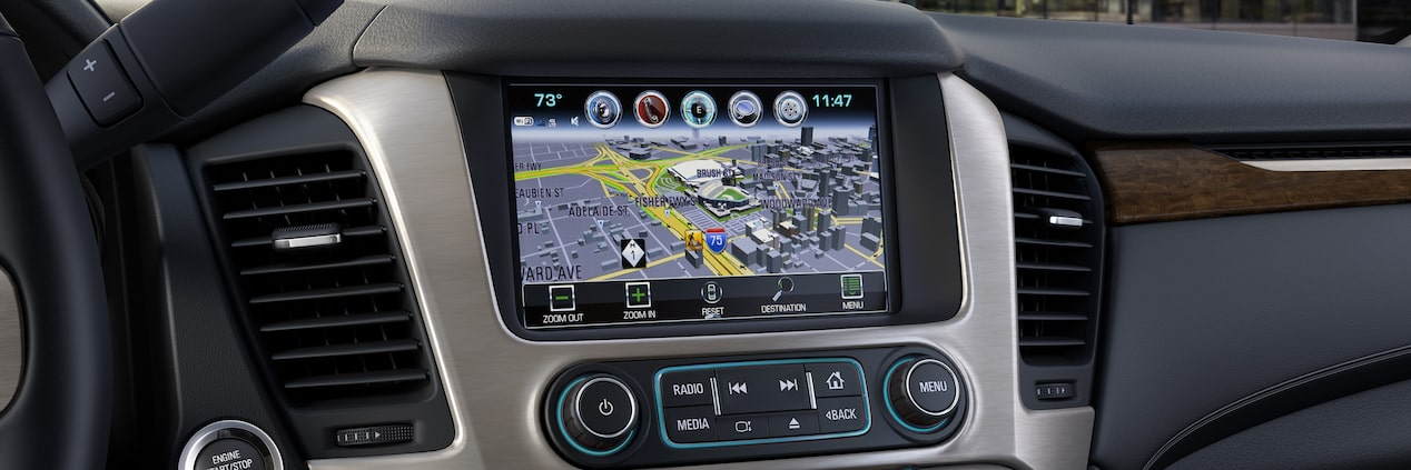 The 2019 GMC Yukon XL 8-inch colour touch screen with navigation.