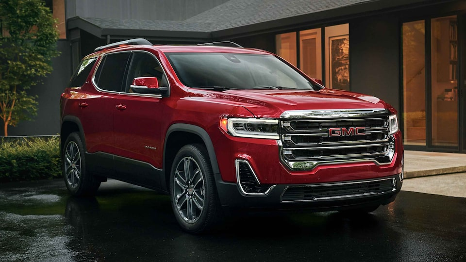 2021 GMC Acadia SLE/SLT front side profile view