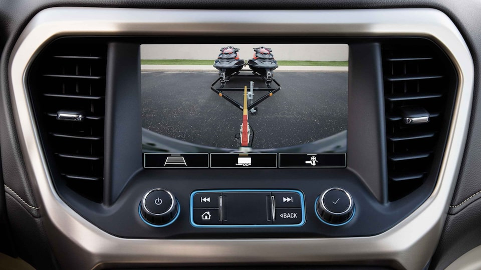 2021 GMC Acadia Denali Hitch Guidance with Hitch View.