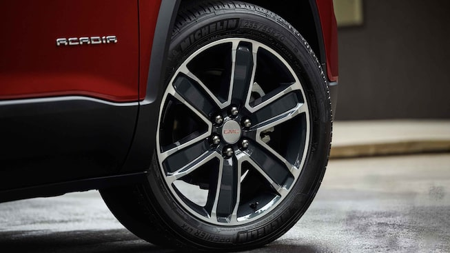 2021 GMC Acadia SLE/SLT wheels.