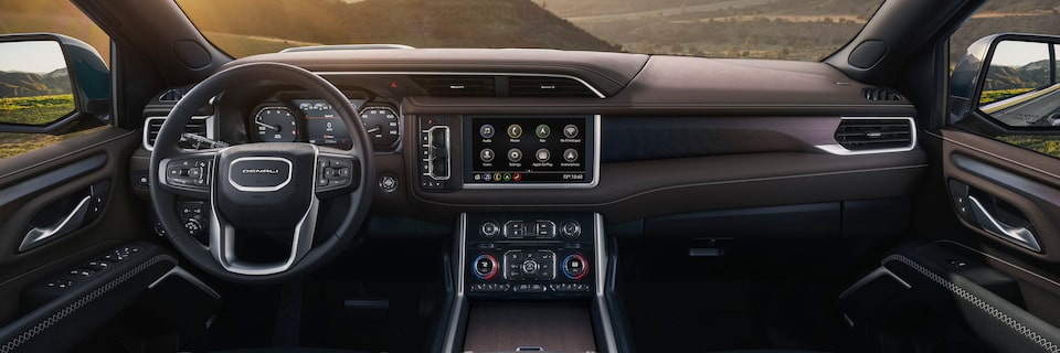 2021 Yukon interior front dashboard in brownstone.