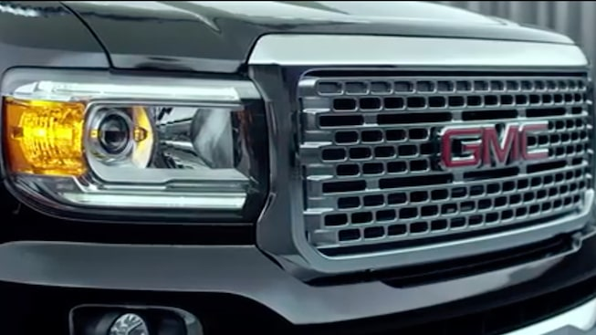 GMC Canyon Denali's signature grille.