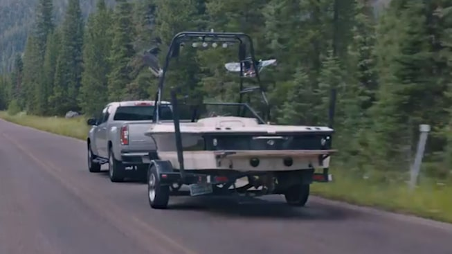 2019 Canyon's trailering capabilities.
