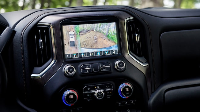 The interior feature of 2019 GMC Sierra AT4 comes with high-definition surround vision.