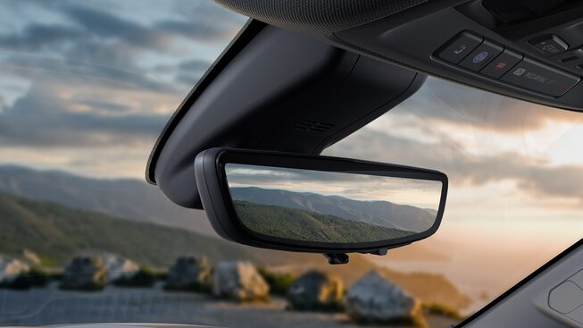 2019 Sierra 1500 Denali rear view mirror camera.