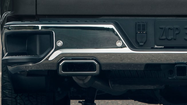 The 2019 GMC Sierra's larger CornerStep rear bumpers.