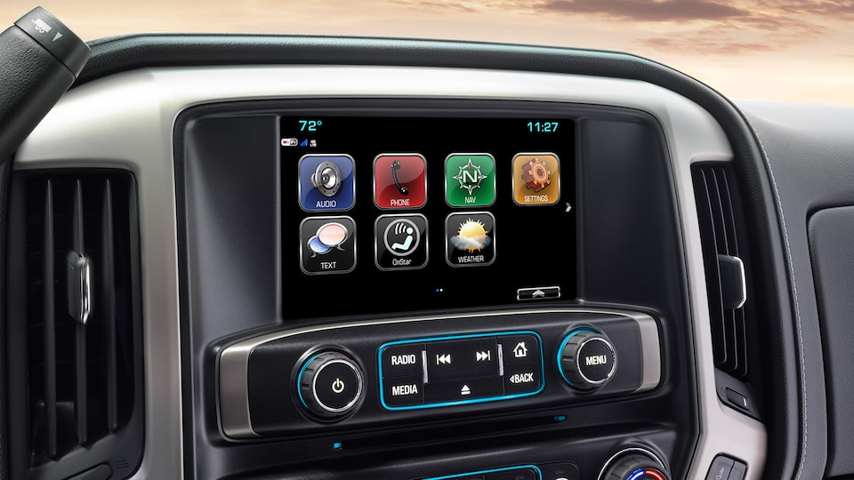 The 2019 GMC Sierra Denali HD offers an 8-inch diagonal colour touch-screen with IntelliLink.
