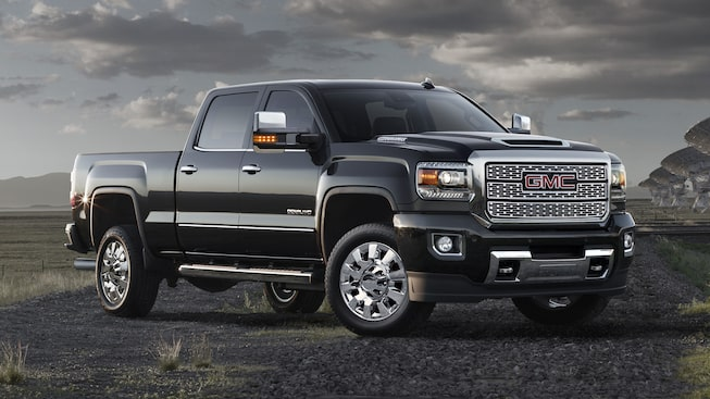 Sierra Denali HD comes with an available Diesel Hood Scoop Induction system.