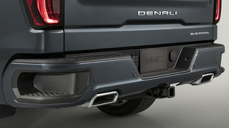2020 Sierra 1500 Denali Light-Duty Pickup Truck Exterior Corner Step.