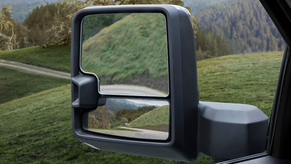 GMC Sierra 1500 Pickup Truck: Trailer & Blind Spot Mirror.