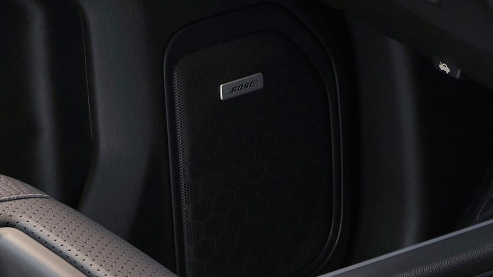 2020 GMC Sierra AT4 Bose Sound System.