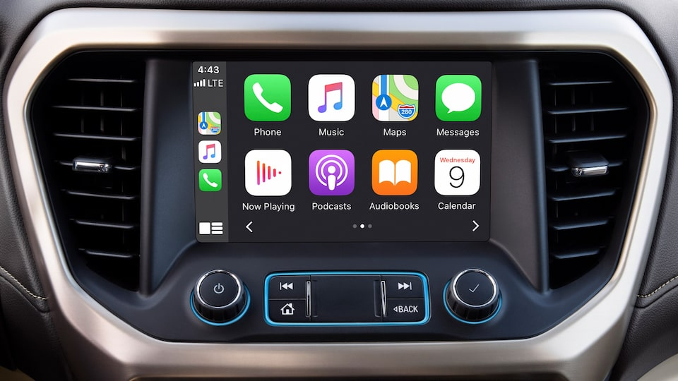2020 GMC Acadia Apple CarPlay.