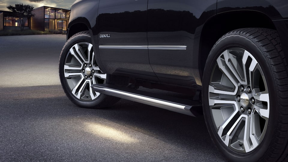 2020 Yukon Denali SUV Steps Exterior Feature.