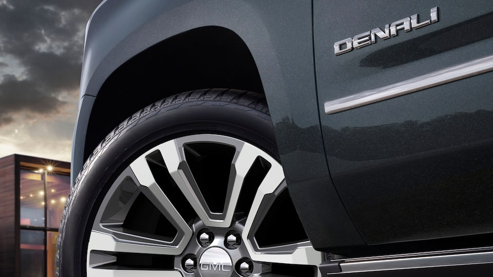 2020 GMC Yukon Denali Full Size SUV Wheels Detail Exterior Feature.