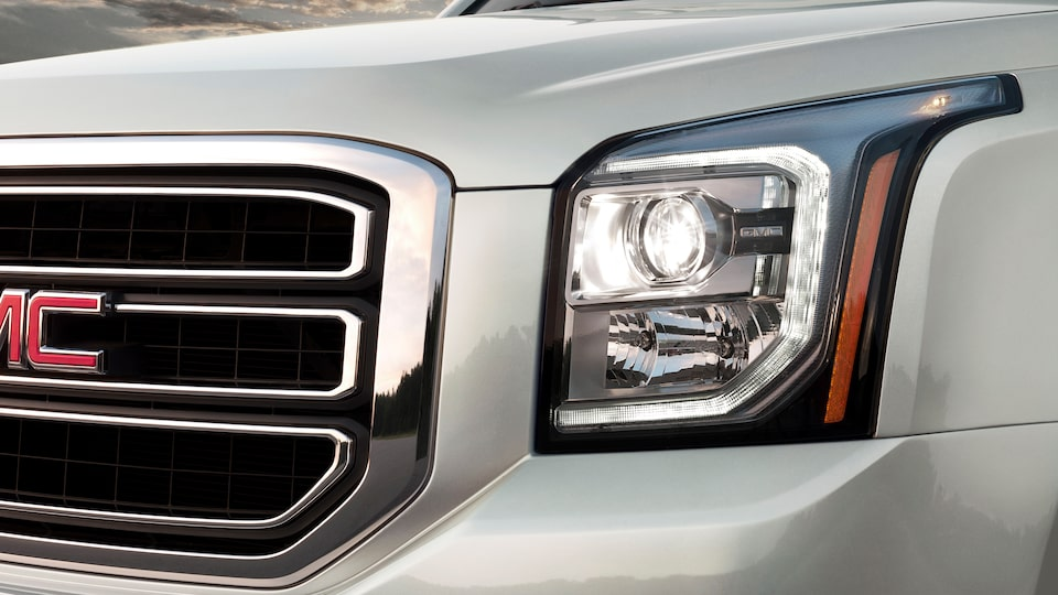 2020 Yukon full-size SUV Headlamps.