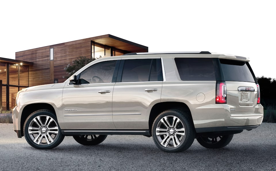 2020 GMC Yukon Denali Ultimate Full Size SUV Side View.