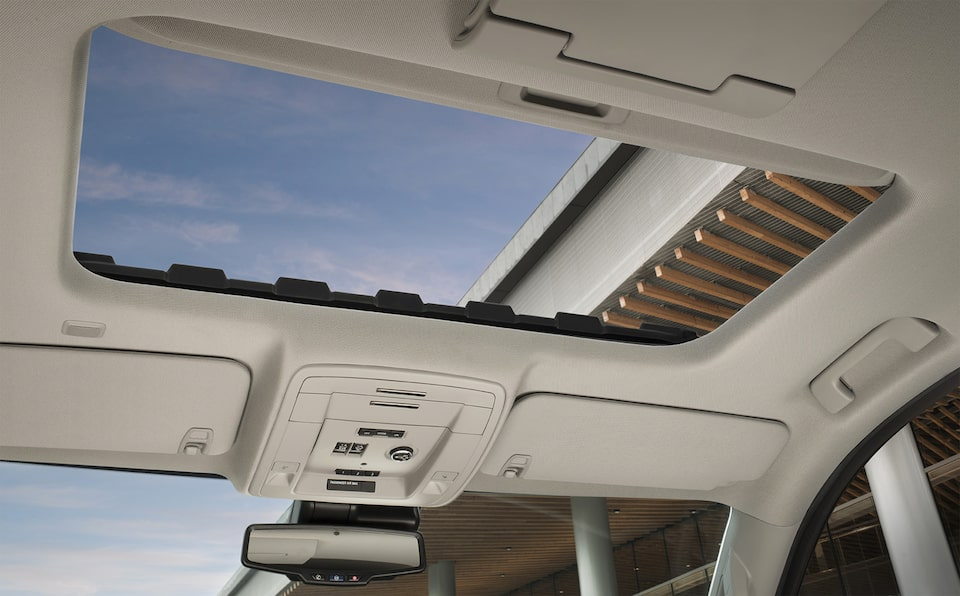Special Edition Denali Ultimate Black Sun Roof.