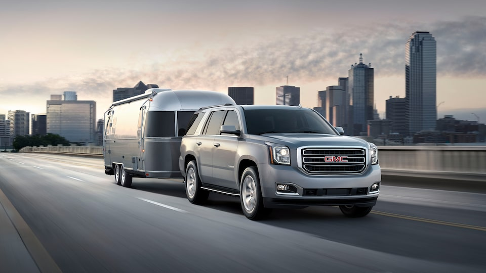 2020 GMC Yukon SLE/SLT full-size SUV Powerfully Capable Towing.