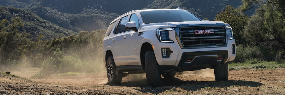 2021 Yukon AT4 driving off-road.