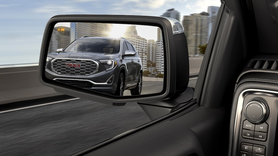 2021 Yukon appears on a side mirror.