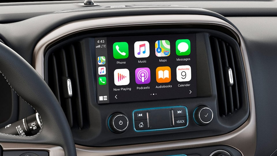 GMC Canyon Denali Luxury Pickup Truck Apple Carplay.